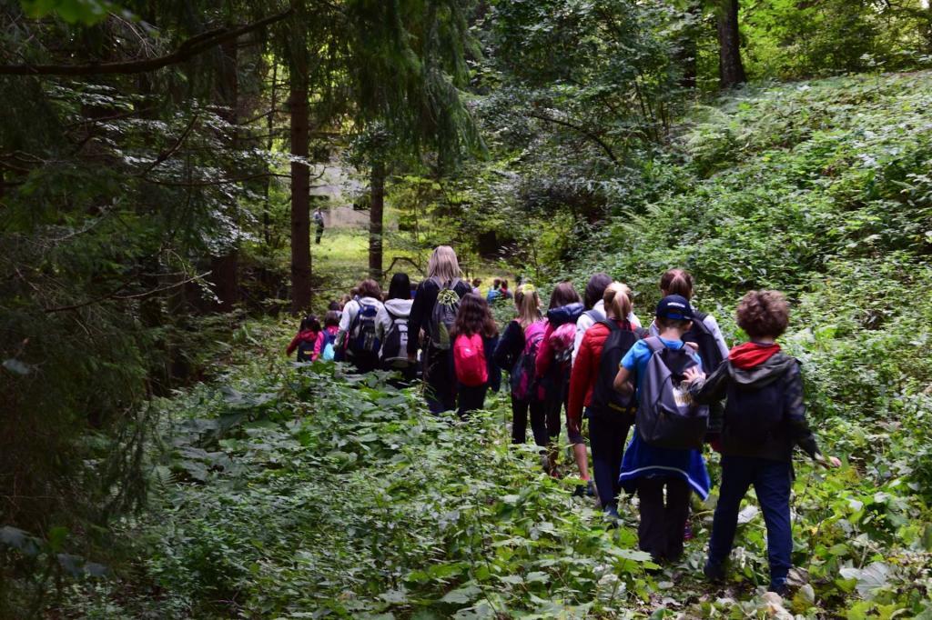 visita scuole Miniere Darzo lungo il sentiero Pice-Marigole sett2019