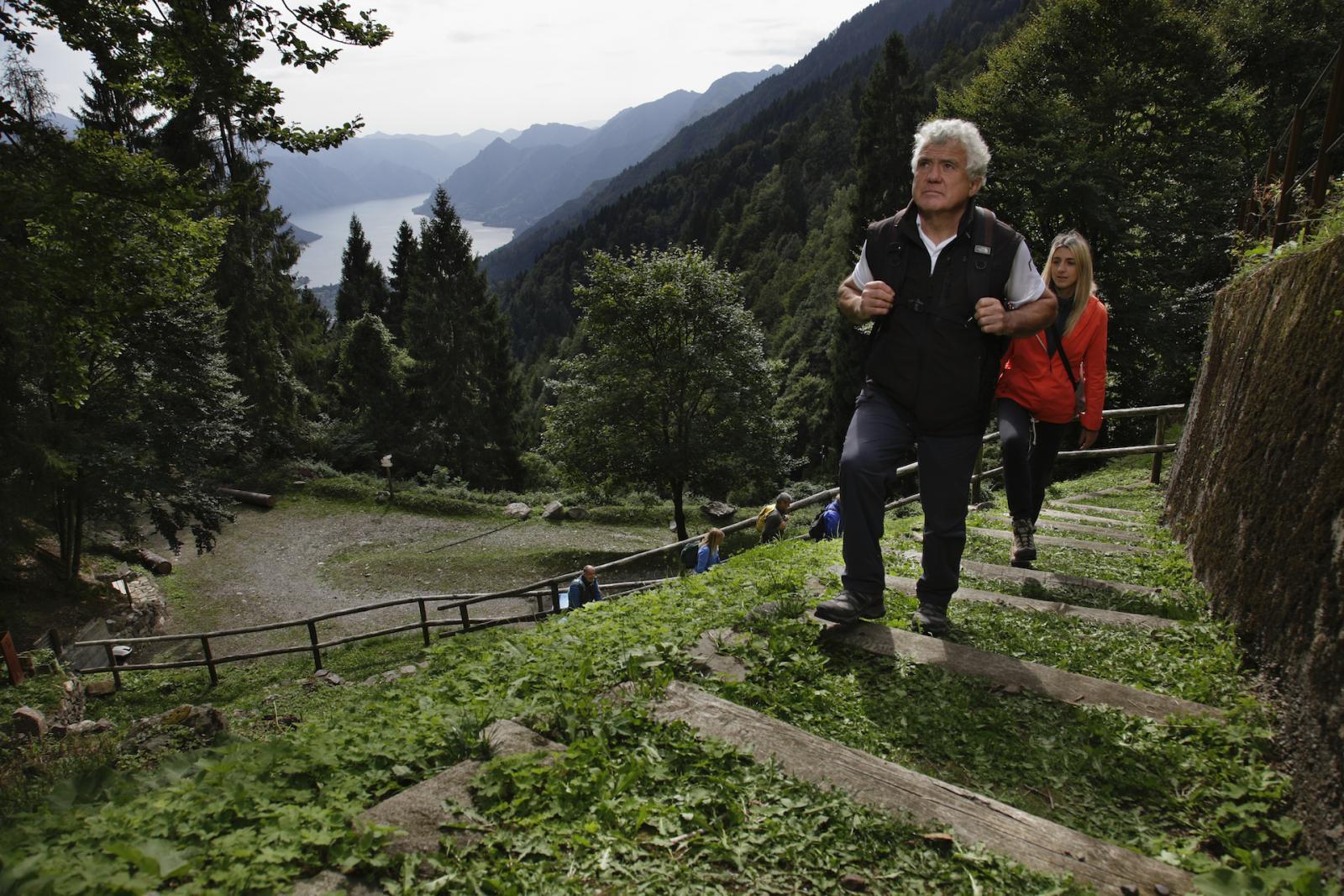 Trekking Paese, Miniere e Malghe